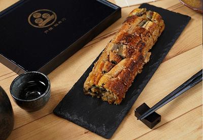 牛丼の松山が通販限定で販売した鰻バーガーについて、その特徴、口コミ話題など、鰻バーガーとは?の方にも分かりやすく簡単にまとめています。鰻バーガー松屋口コミ400-1